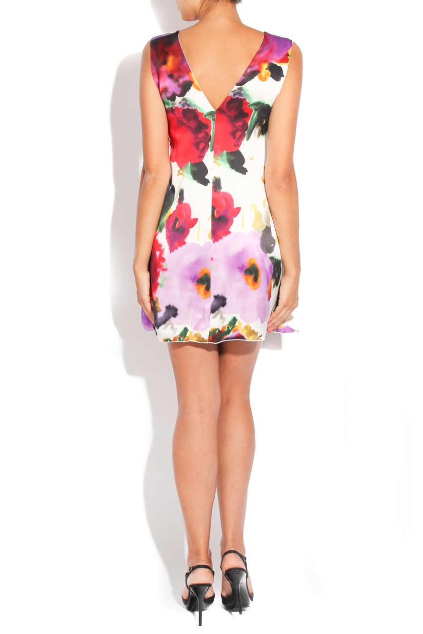 Dress with printed flowers on white background Diana Bobar image 2