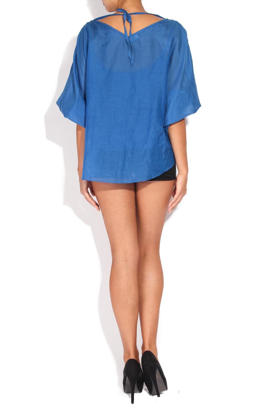 Blue shirt with metallic applications Karmen Herscovici image 2