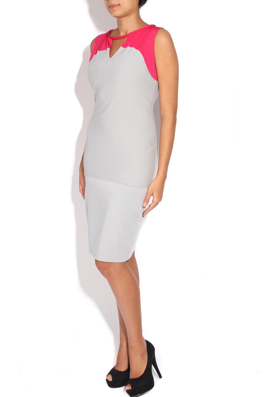 Cyclamen and gray dress Karmen Herscovici image 1