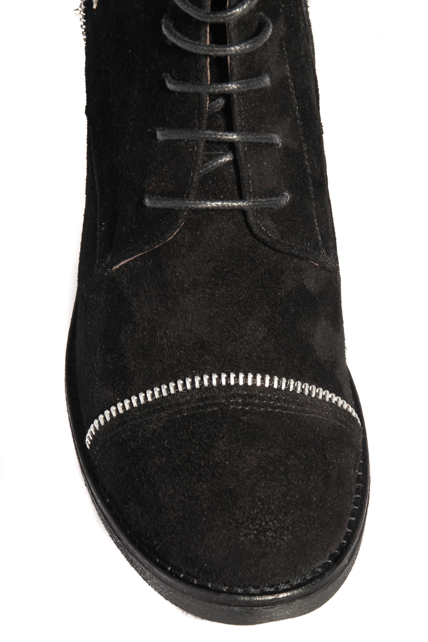 Boots with spikes Ana Kaloni image 3