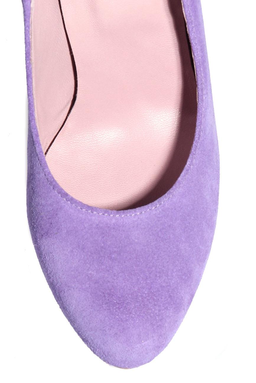 Purple shoes Ana Kaloni image 3