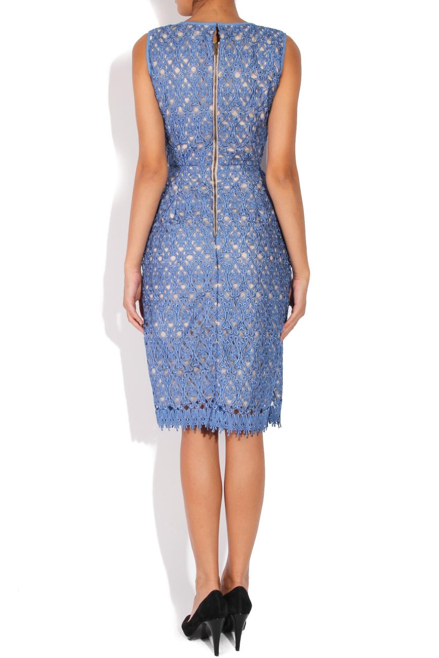 Robe en dentelle bleue Cristina Staicu image 2