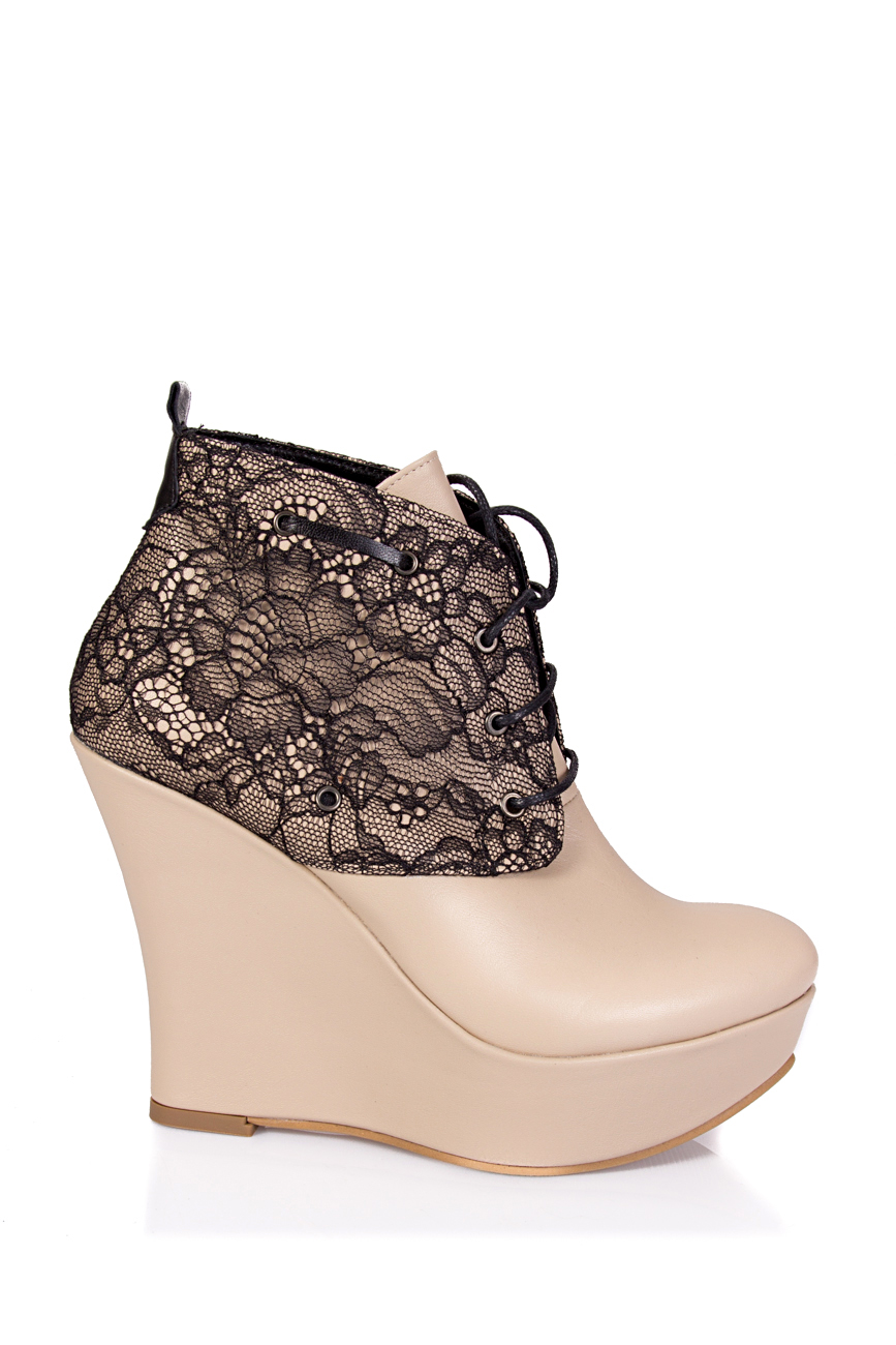 Boots with lace Ana Kaloni image 1