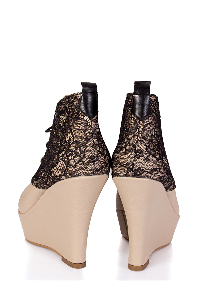 Boots with lace Ana Kaloni image 2