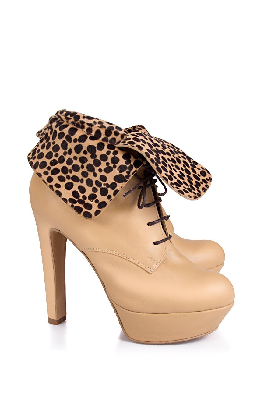 Boots with pony fur Ana Kaloni image 0