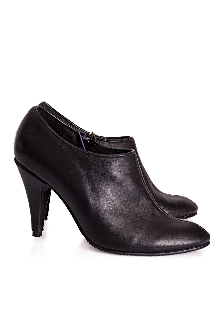 Black boots Coca Zaboloteanu image 0