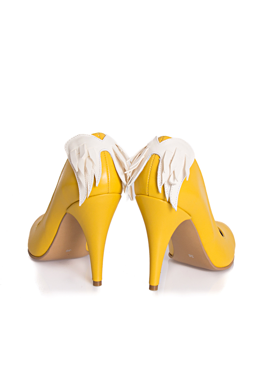 Shoes with wings Coca Zaboloteanu image 2