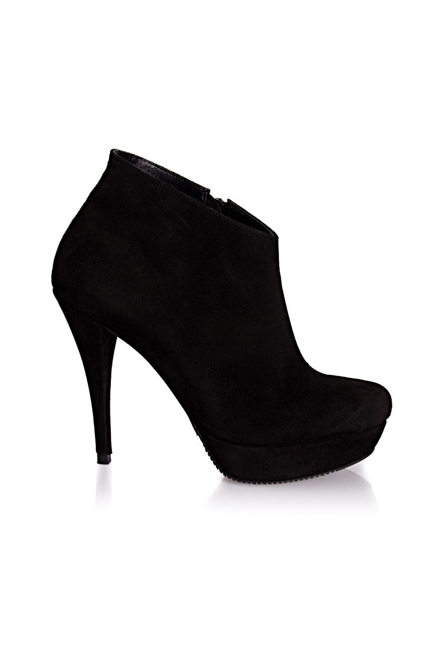 Black boots Mihaela Glavan  image 1