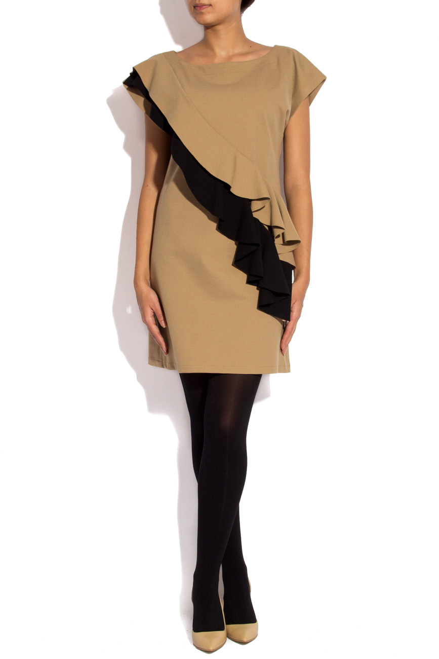 Robe beige avec volants noirs Laura Ciobanu image 0