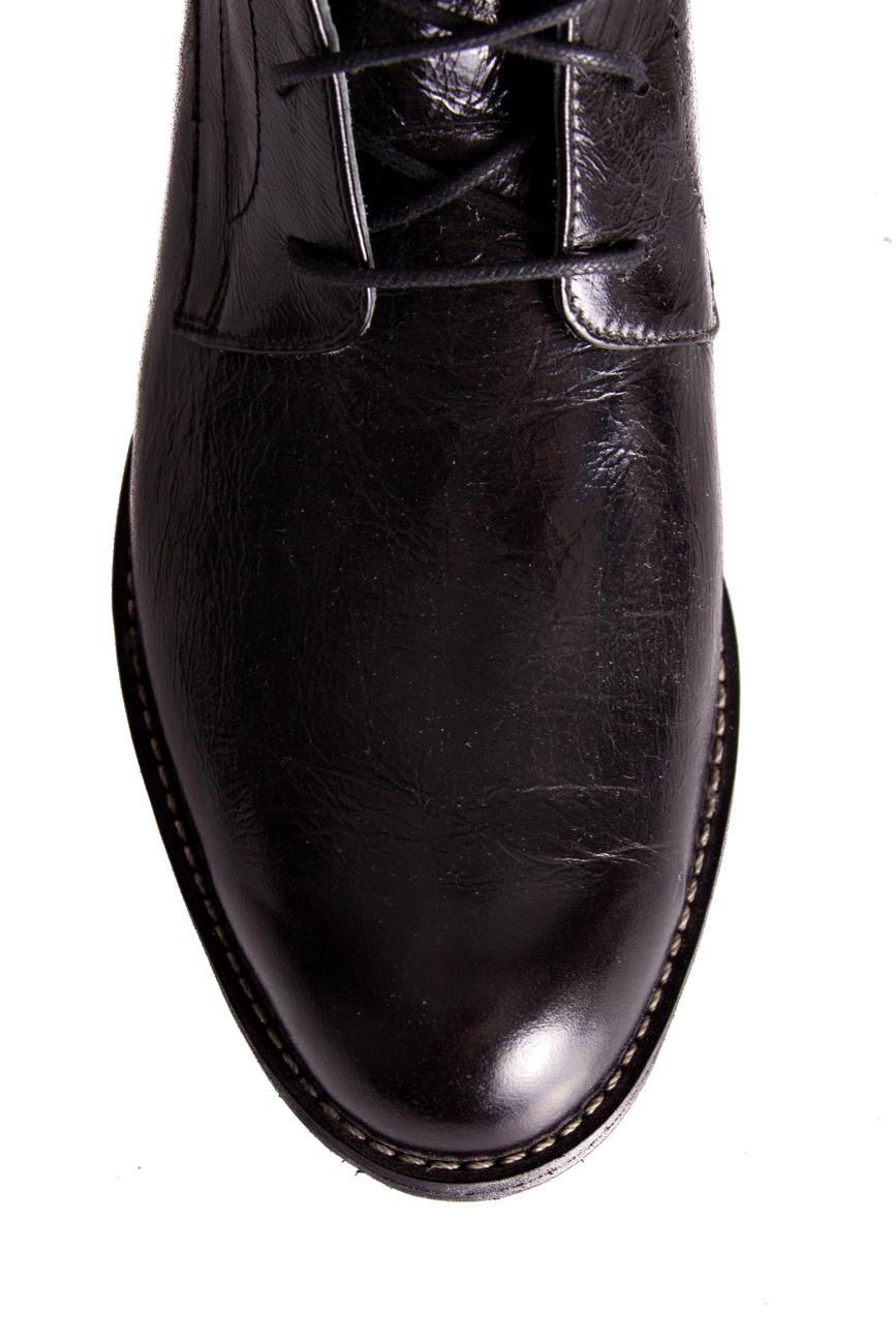 Bottines plates Mono Shoes by Dumitru Mihaica image 3