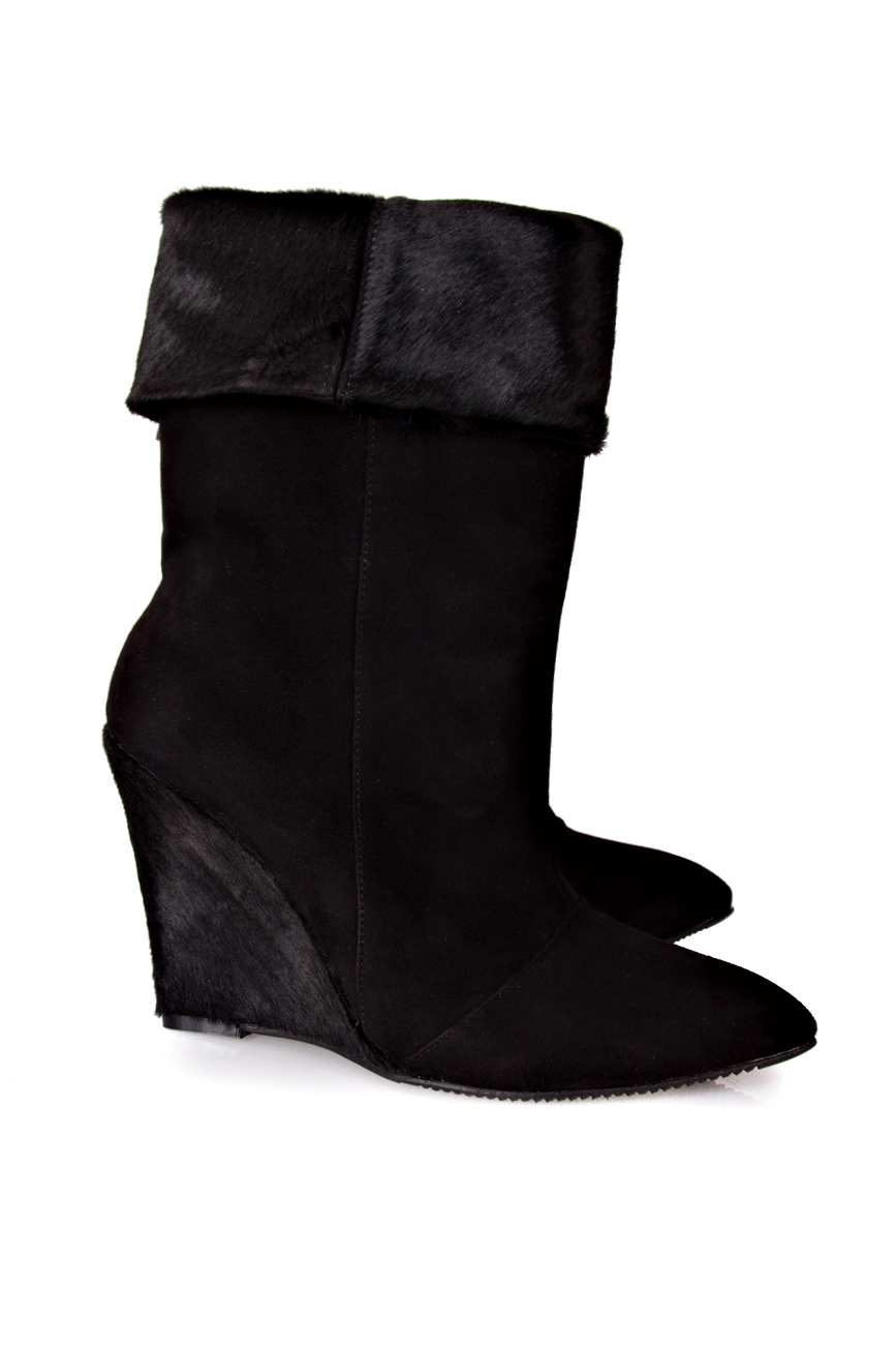 Black pony boots Ana Kaloni image 1