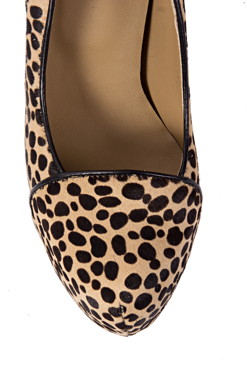 Animal print shoes Ana Kaloni image 3