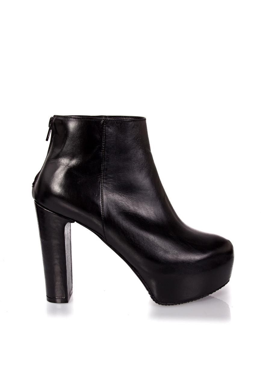 Boots with detachable fur Ana Kaloni image 1