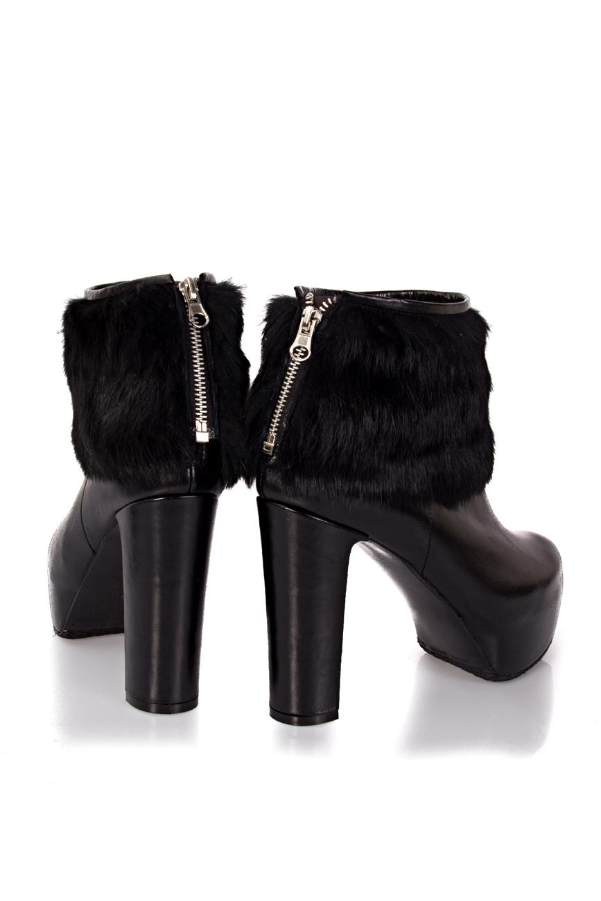 Boots with detachable fur Ana Kaloni image 2