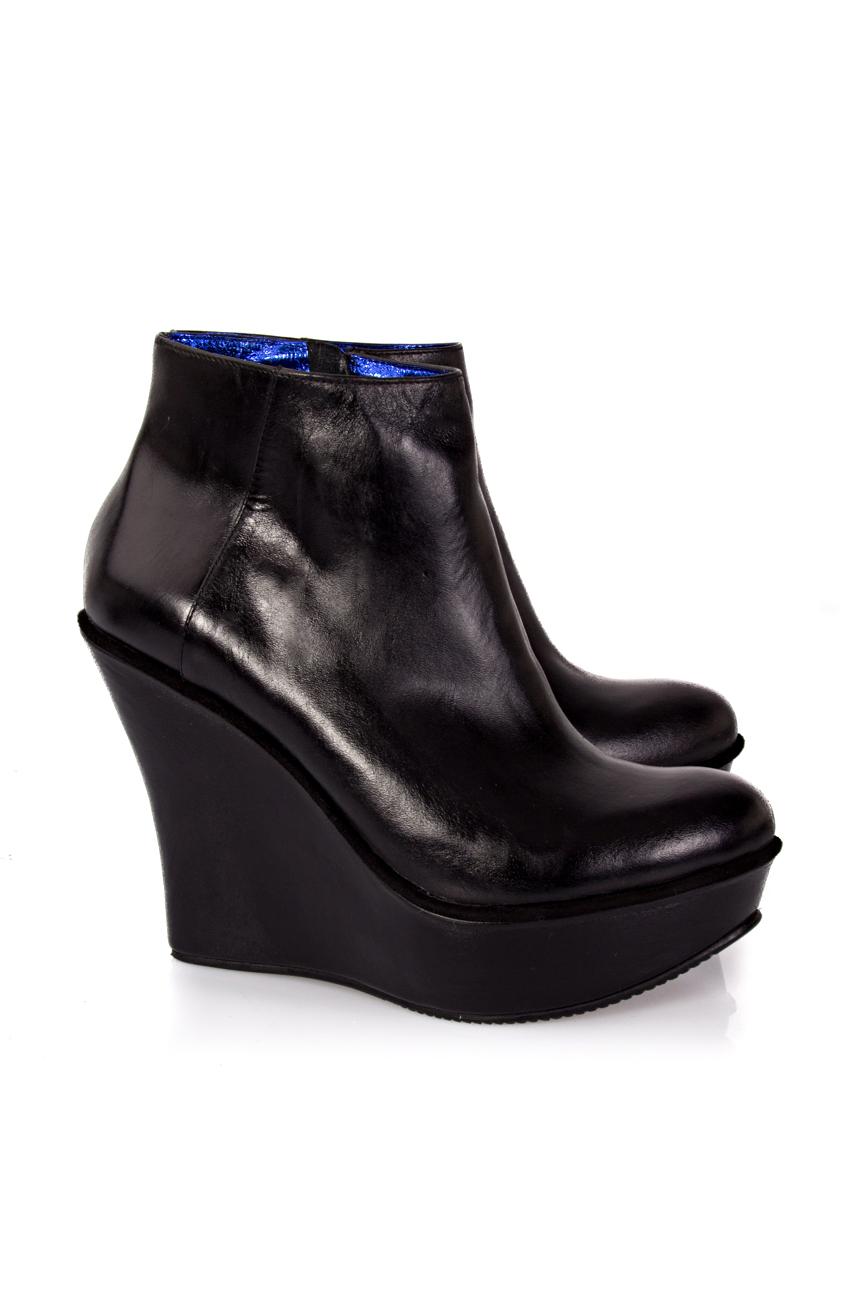 Black boots with platform Ana Kaloni image 0
