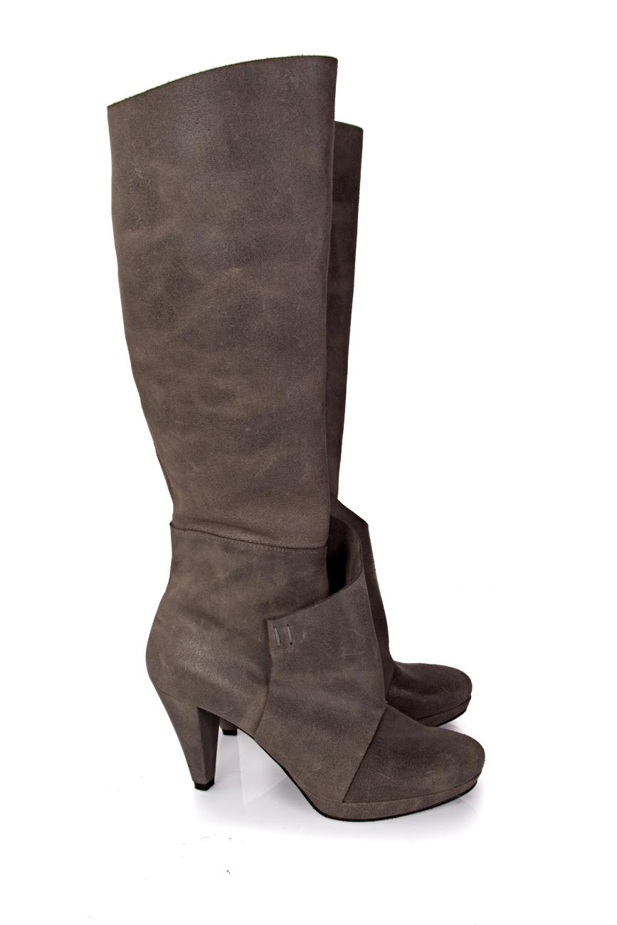 Grey boots Mihaela Glavan  image 0