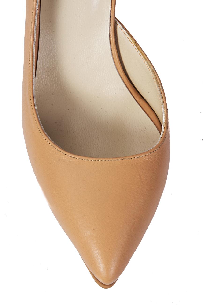 Pantofi decupati lateral Mihaela Glavan  imagine 3