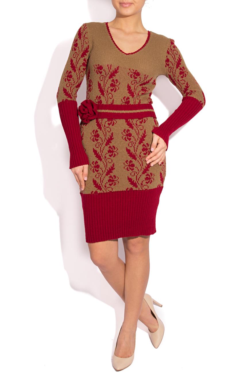 Rochie tricotata crem cu visiniu T'esha by Diana Tatucu imagine 0