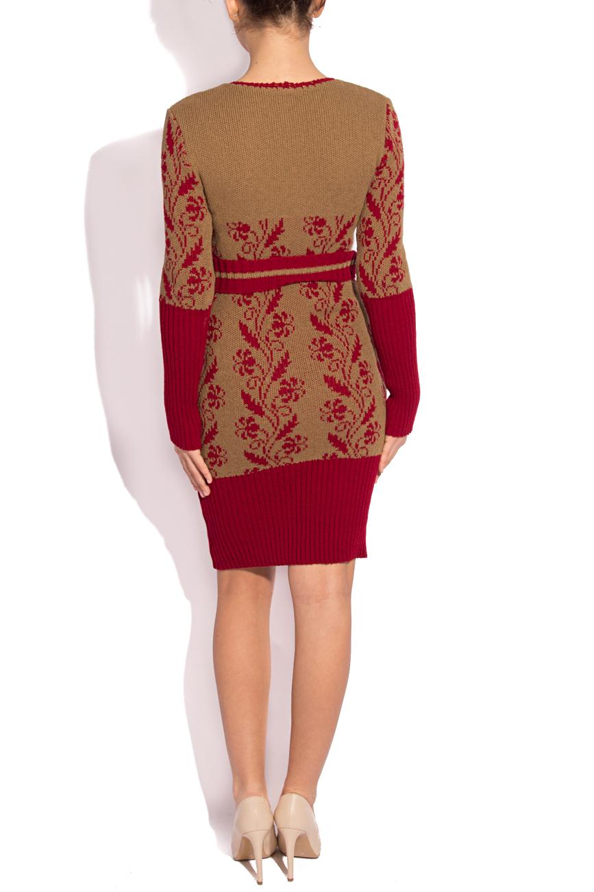 Rochie tricotata crem cu visiniu T'esha by Diana Tatucu imagine 2