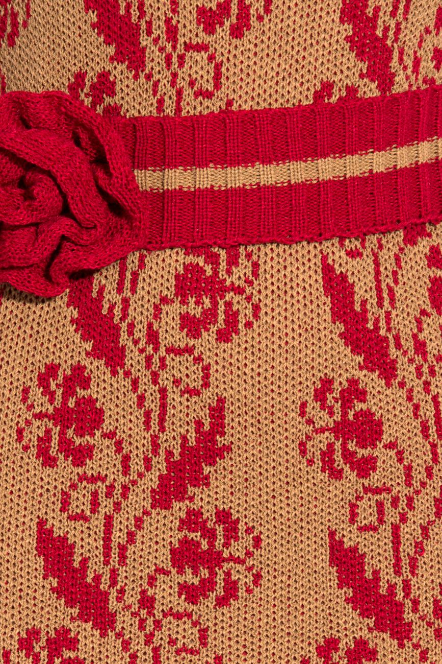 Rochie tricotata crem cu visiniu T'esha by Diana Tatucu imagine 3