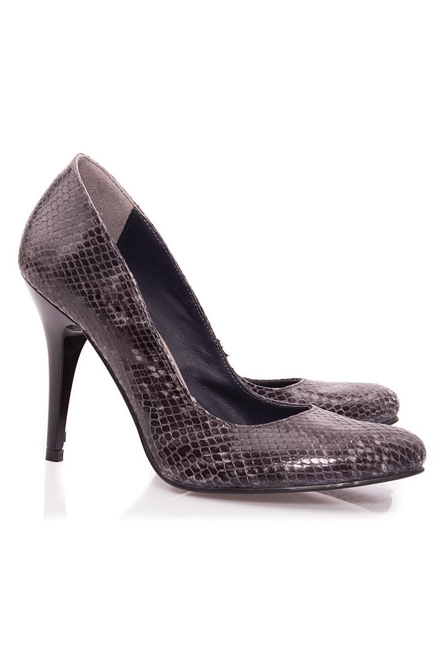 Escarpins effet peau de serpent Mono Shoes by Dumitru Mihaica image 1