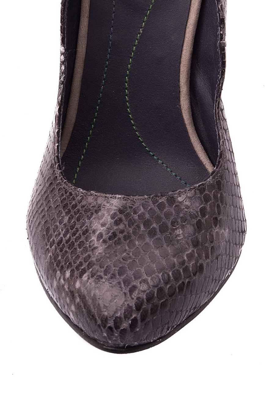 Snake leather shoes Mono Shoes by Dumitru Mihaica image 3
