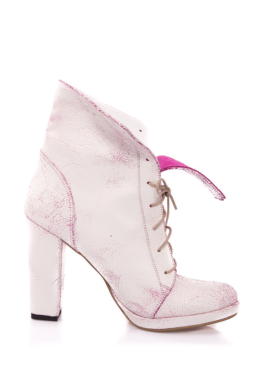 White and pink boots Mono Shoes by Dumitru Mihaica image 0