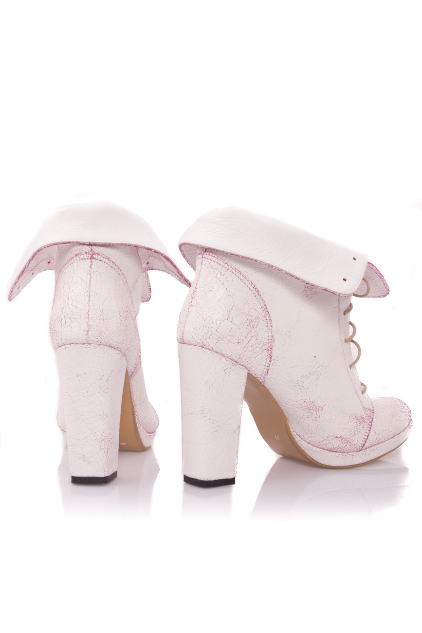 White and pink boots Mono Shoes by Dumitru Mihaica image 2