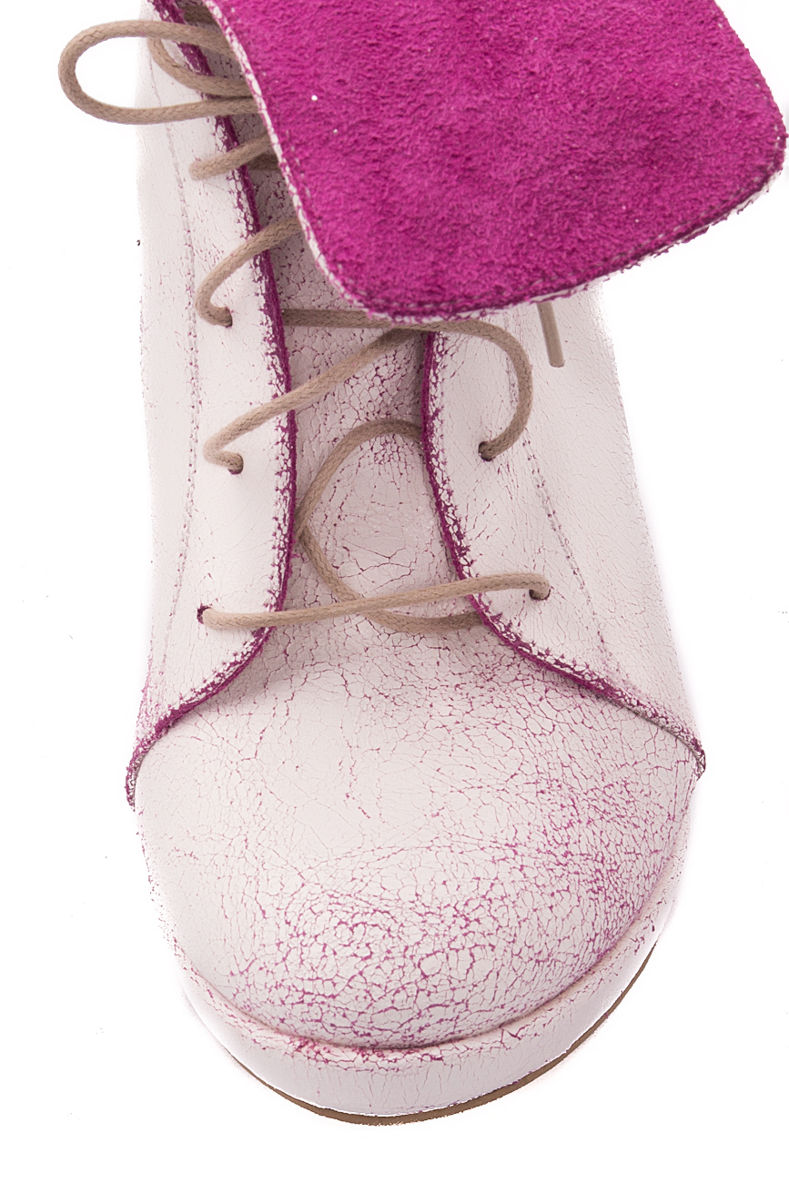 White and pink boots Mono Shoes by Dumitru Mihaica image 3