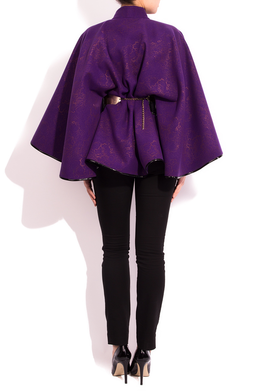 Purple cloth cape Alexandra Calafeteanu image 2
