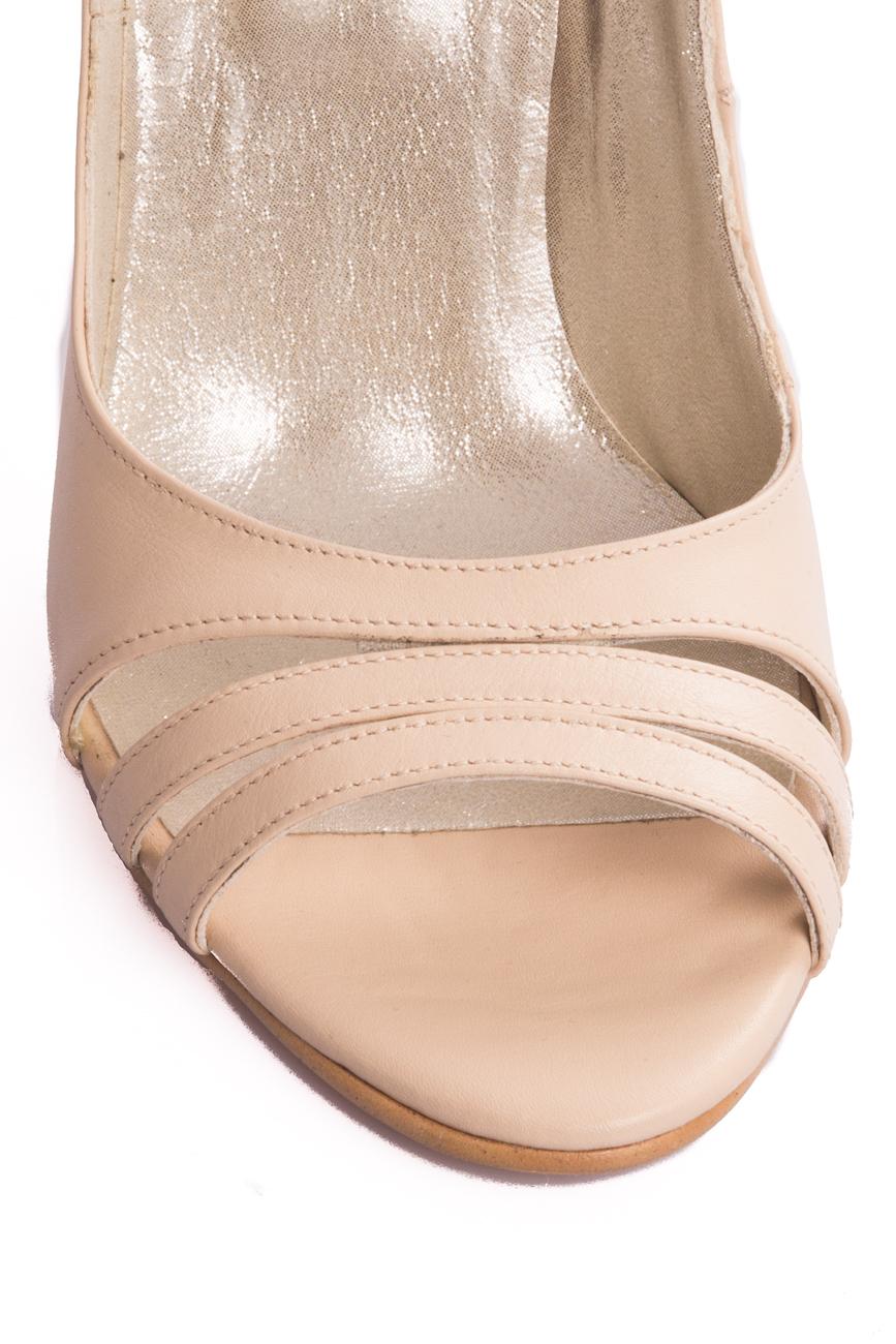 Cut-out sandals Ana Kaloni image 3