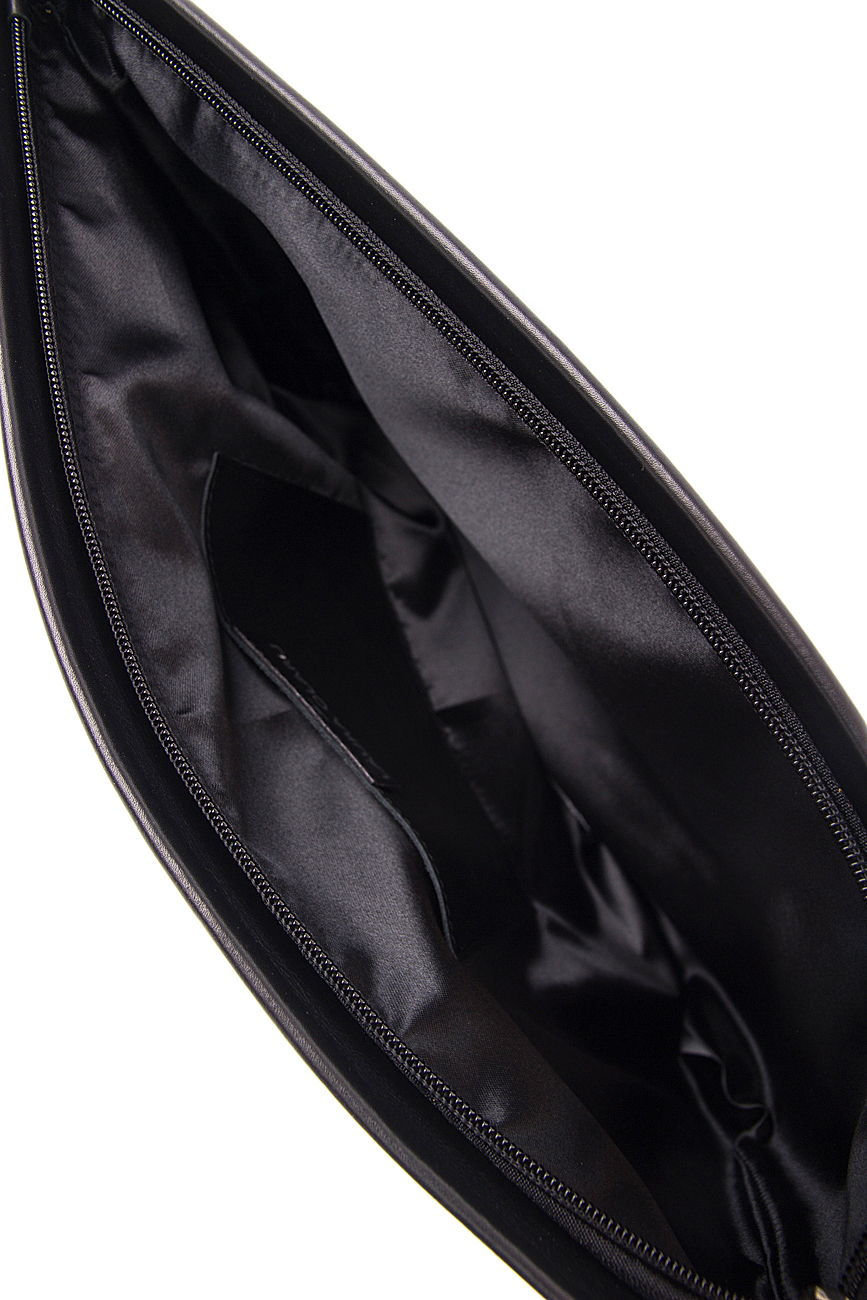 Plic negru din piele naturala cu ciucure decorativ Laura Olaru imagine 3