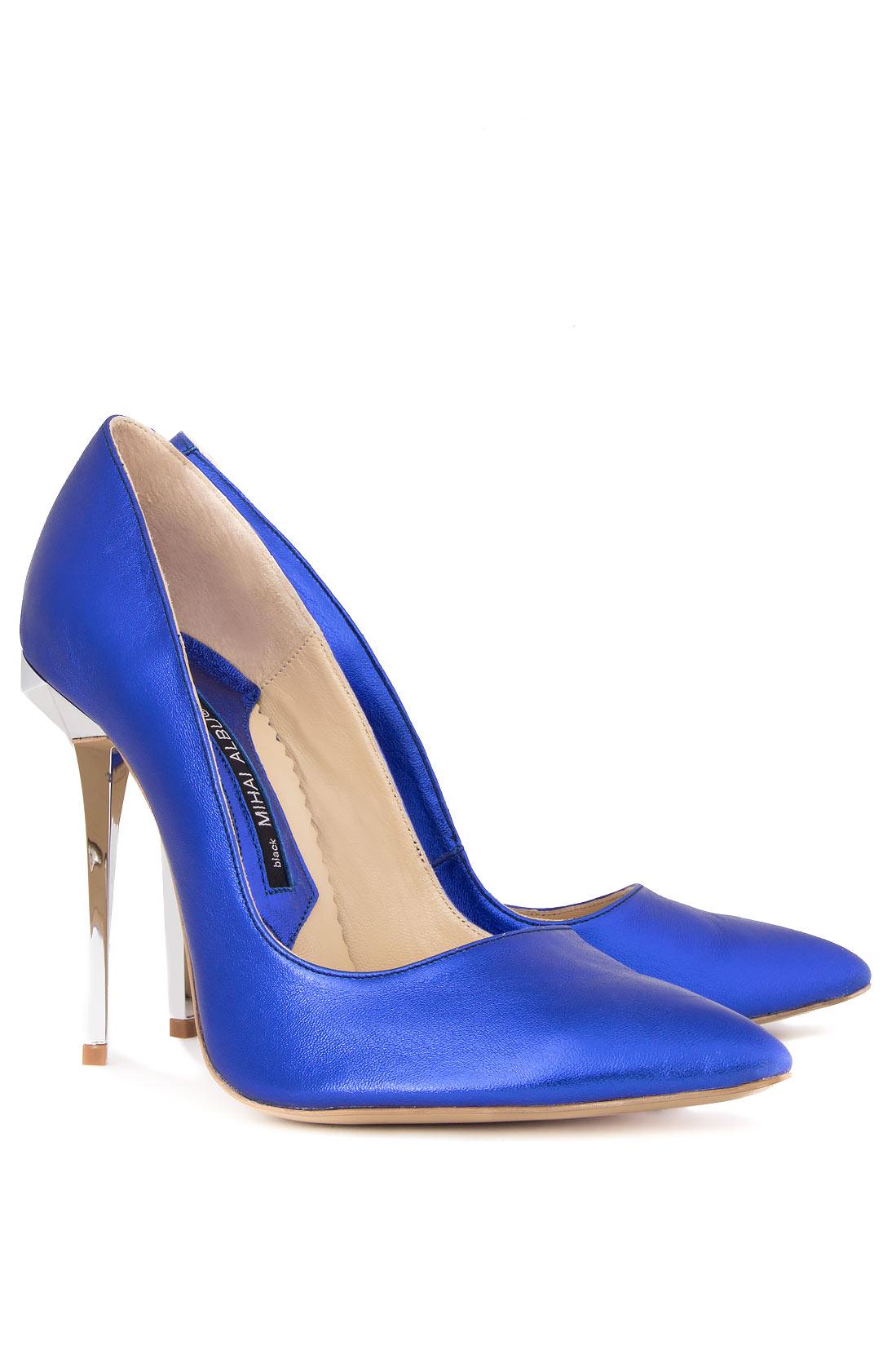 Pantofi stiletto din piele