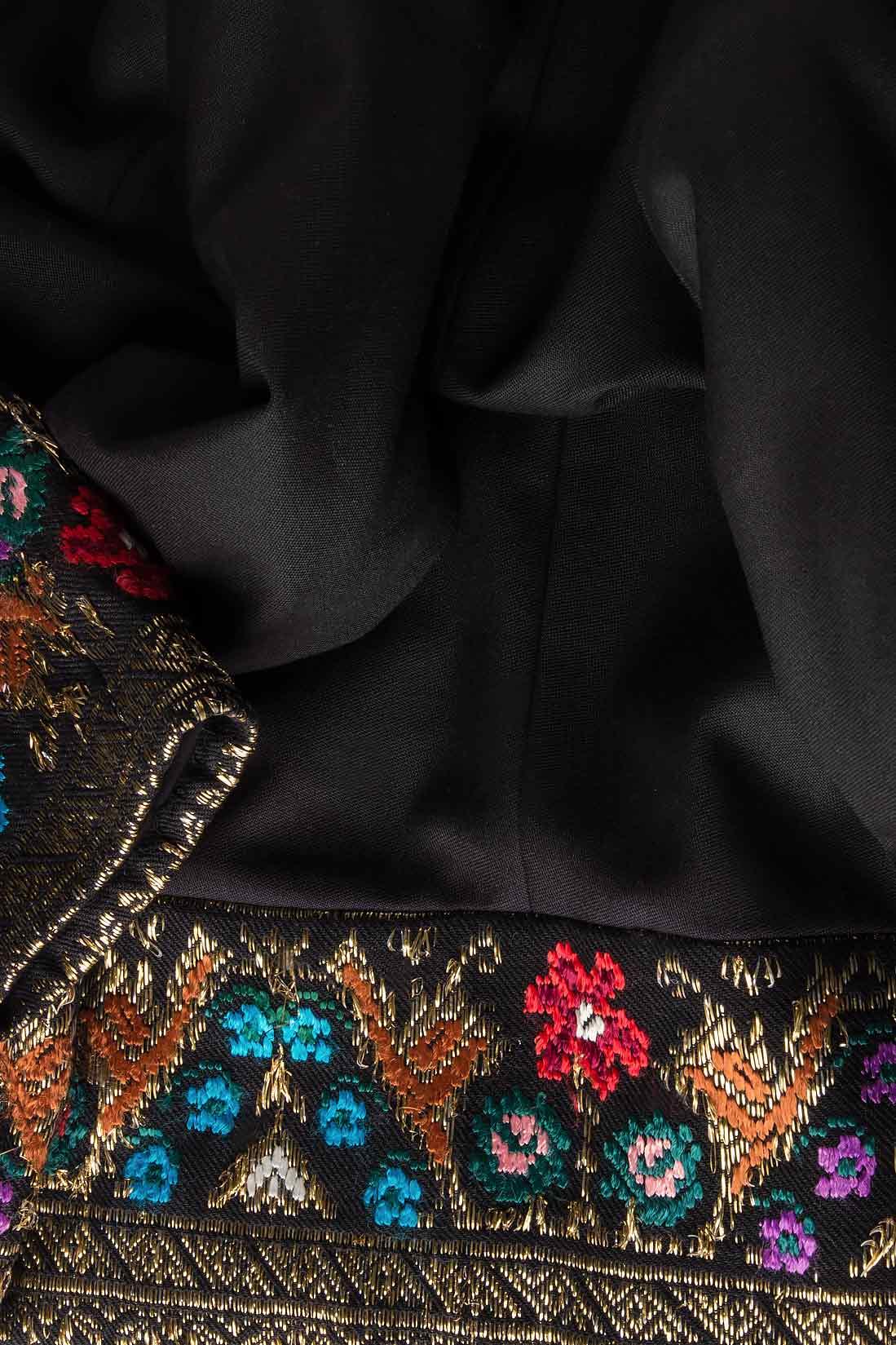 Sacou din lana brodat cu insertie din fota traditionala romaneasca Izabela Mandoiu imagine 3