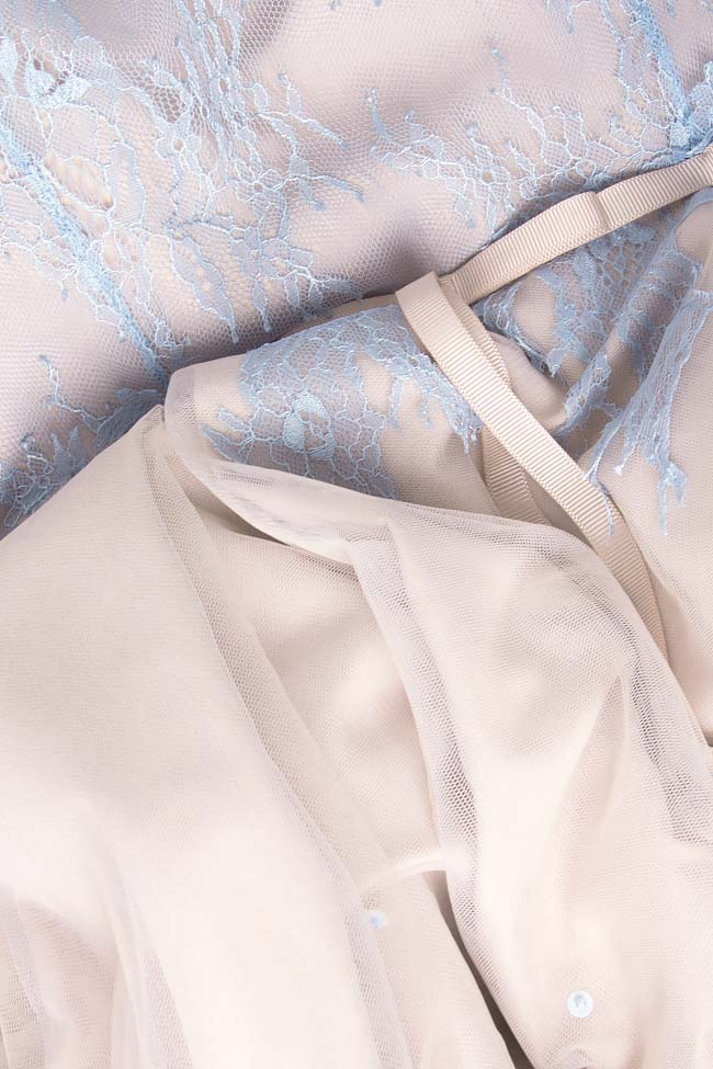 Open-back Chantilly lace asymmetric dress Nicole Enea image 3