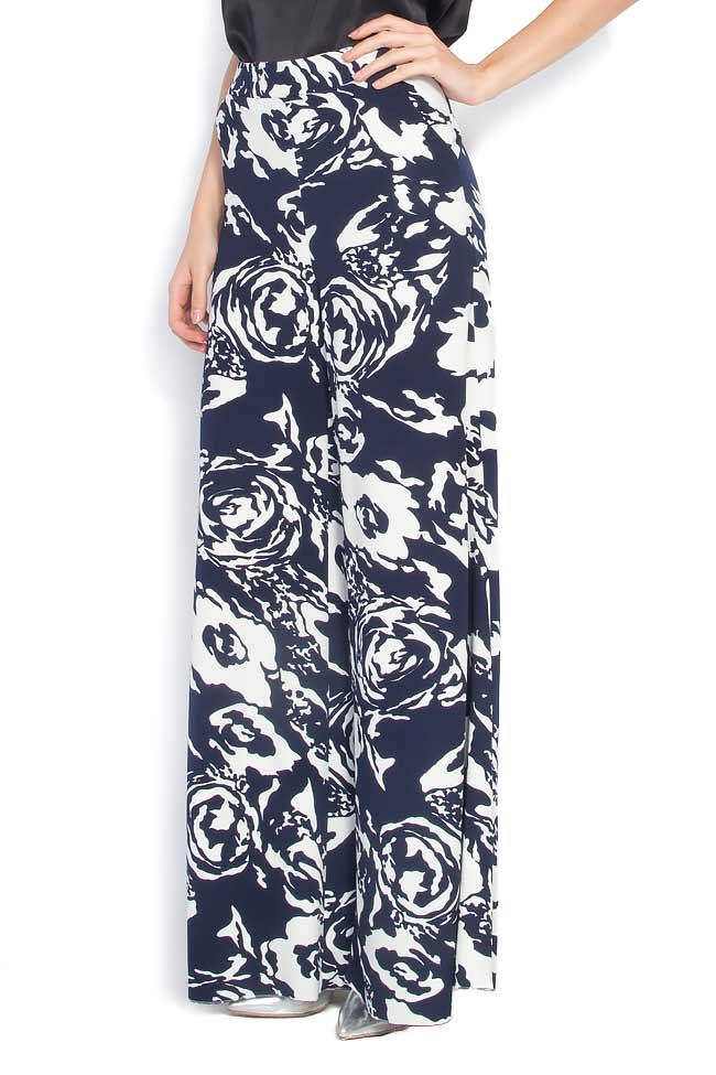 Pantaloni largi din crep cu imprimeu floral Lena Criveanu imagine 1