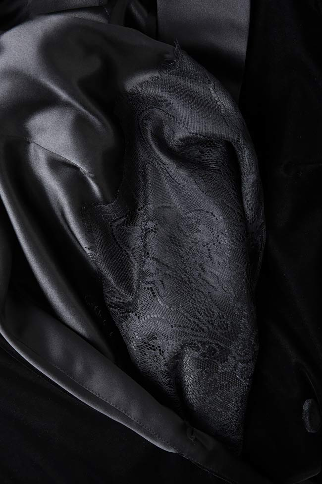 Velvet and lace blazer  Mirela Diaconu  image 3
