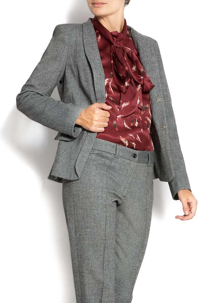 Embroidered blazer with peplum back Lena Criveanu image 2