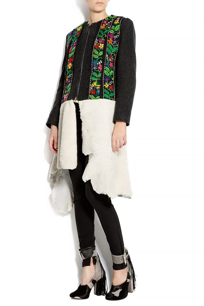 Embroidered wool coat with fur insertion Izabela Mandoiu image 1