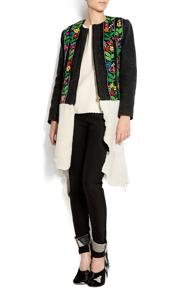 Embroidered wool coat with fur insertion Izabela Mandoiu image 3