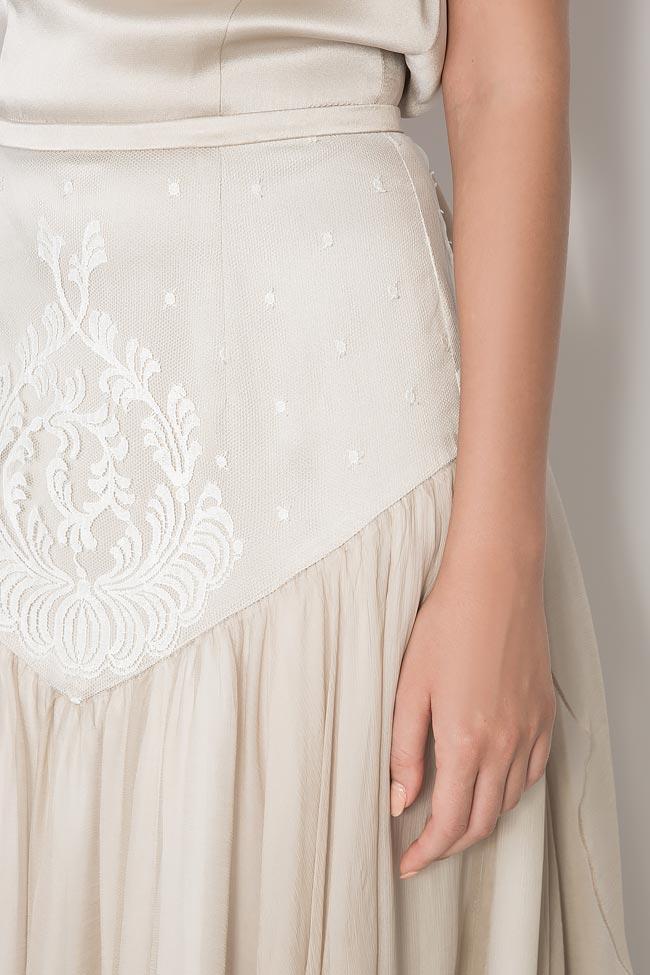 Bella silk gown Manuri image 3