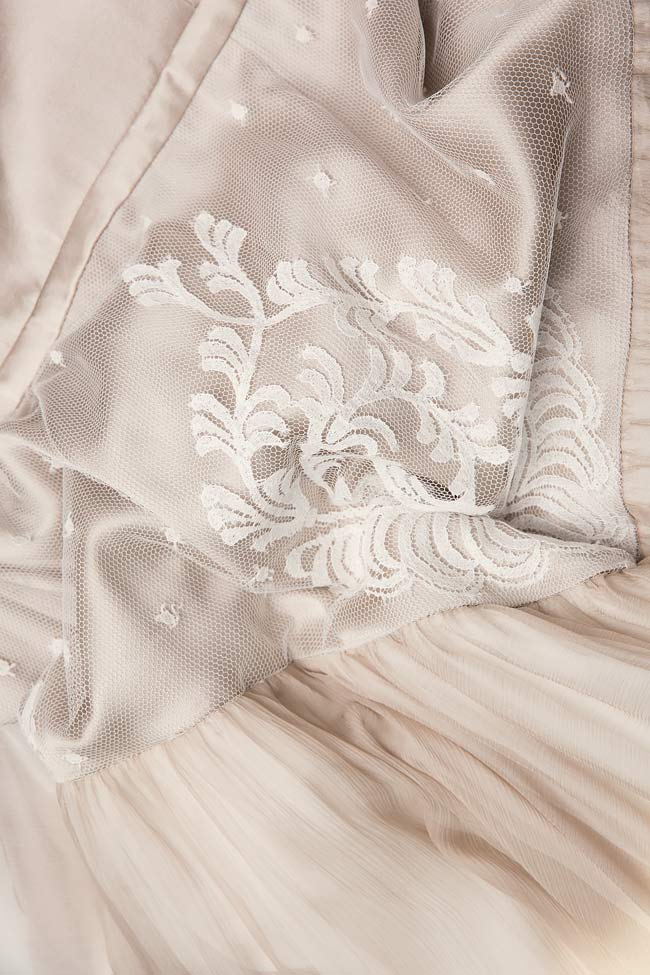 Bella silk gown Manuri image 5