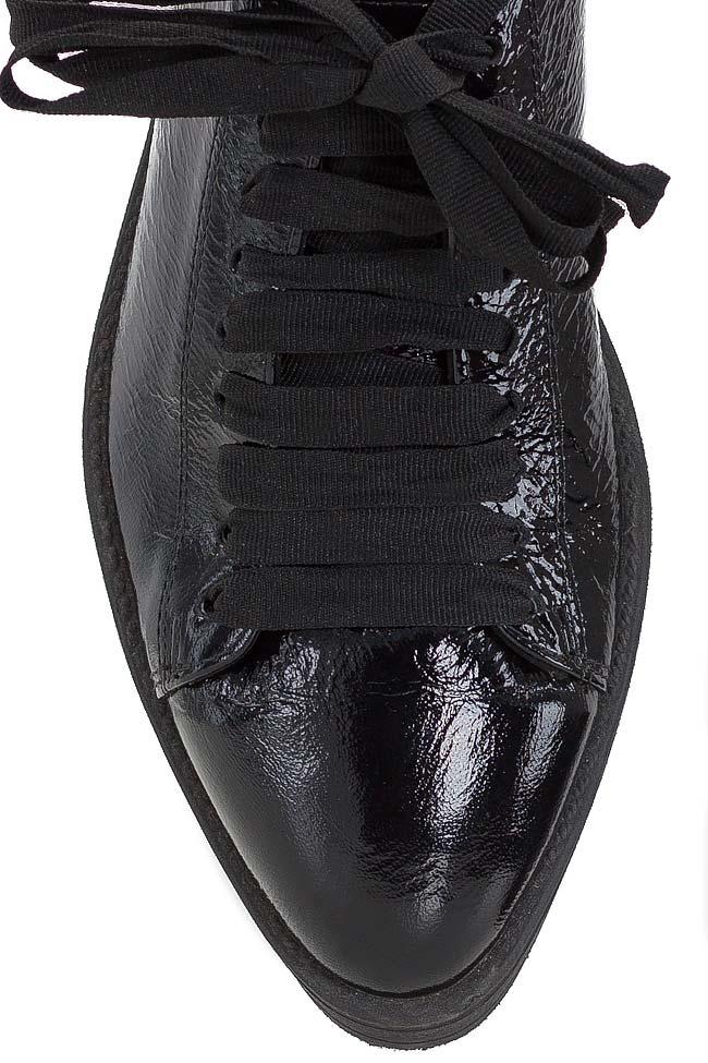 Pantofi din piele lacuita Zenon imagine 3
