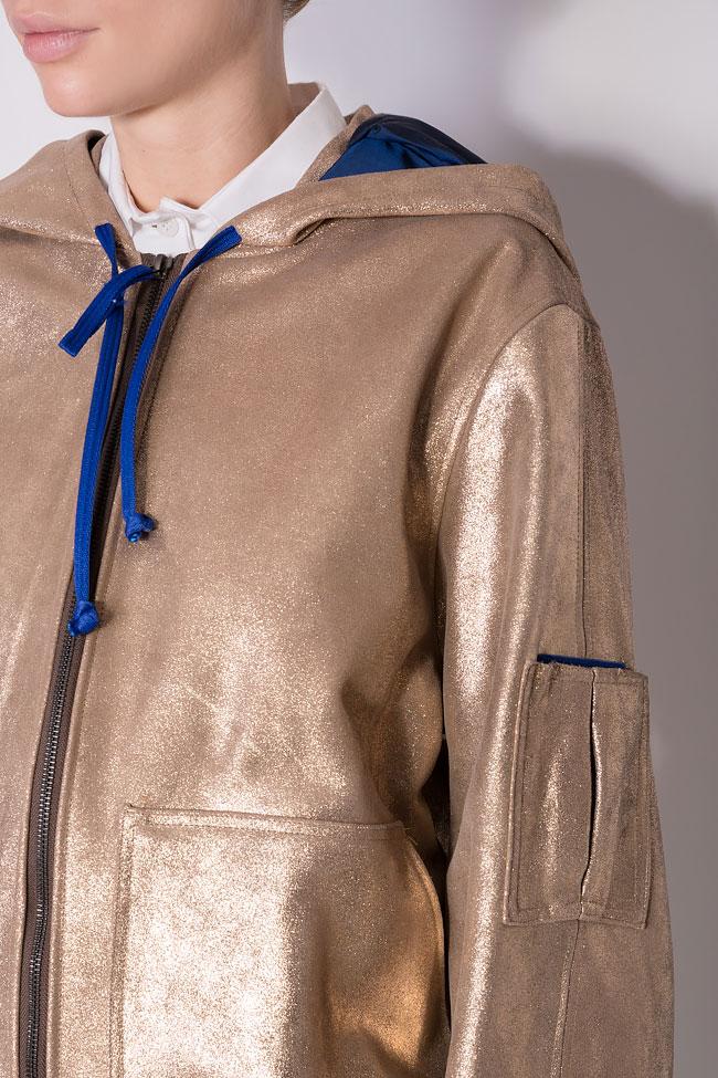 Jacheta cu gluga supradimensionata din piele metalizata  A03 imagine 3