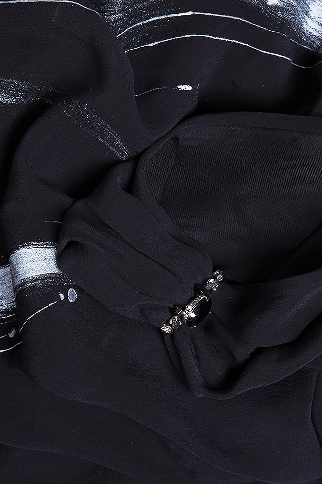 Robe en soie peinte à la main ornée de cristaux   B.A.D. Style by Adriana Barar image 5