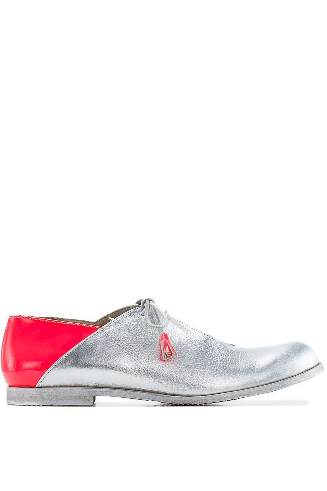 Pantofi stil Oxford Crazy Pink Mono Shoes by Dumitru Mihaica imagine 0