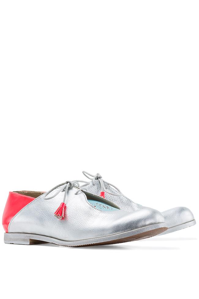 Pantofi stil Oxford Crazy Pink Mono Shoes by Dumitru Mihaica imagine 1