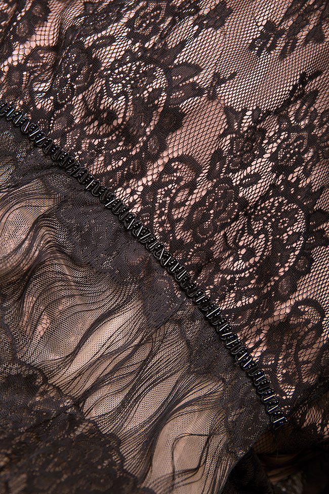 Robe en crêpe et dentelle ornée à la main Bien Savvy image 4