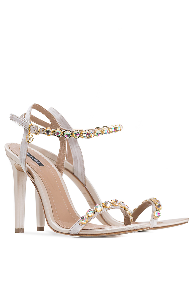 Sandales en cuir, ornées de perles Hannami image 1