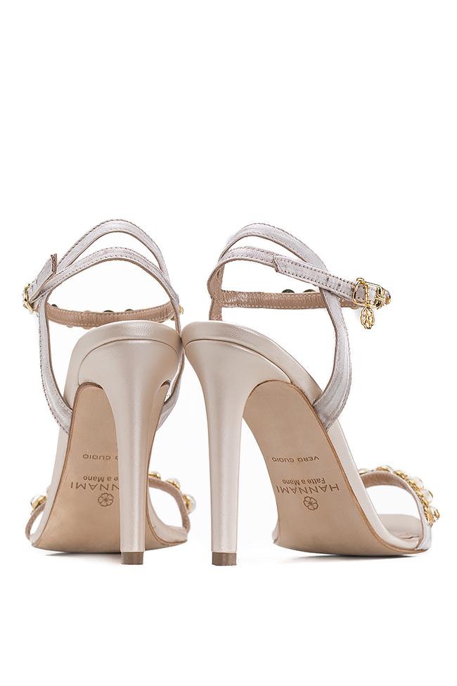 Sandales en cuir, ornées de perles Hannami image 2